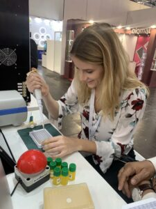 Trought the process of race around microplate with pipetting bolid at Formula-X Dusseldorf 2019